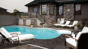 MRP_COMM_1254Beechmont_pool-1